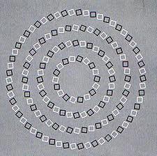 fekete-fehér spirál 5