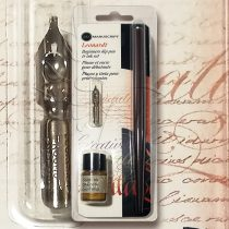 Kalligráfia – Manuscript Leonardt Beginners Dip Pen & Ink Calligraphy Set